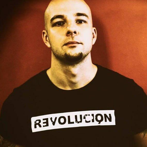 testimonials-revolucion-zsolt-01